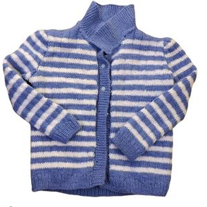 5/$25 Kids white & blue sweater size 3/4 years